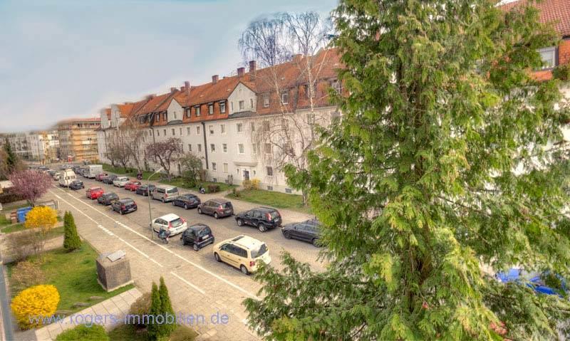 Perfektes Wohnen: EBK, Parkett & ruhige Lage