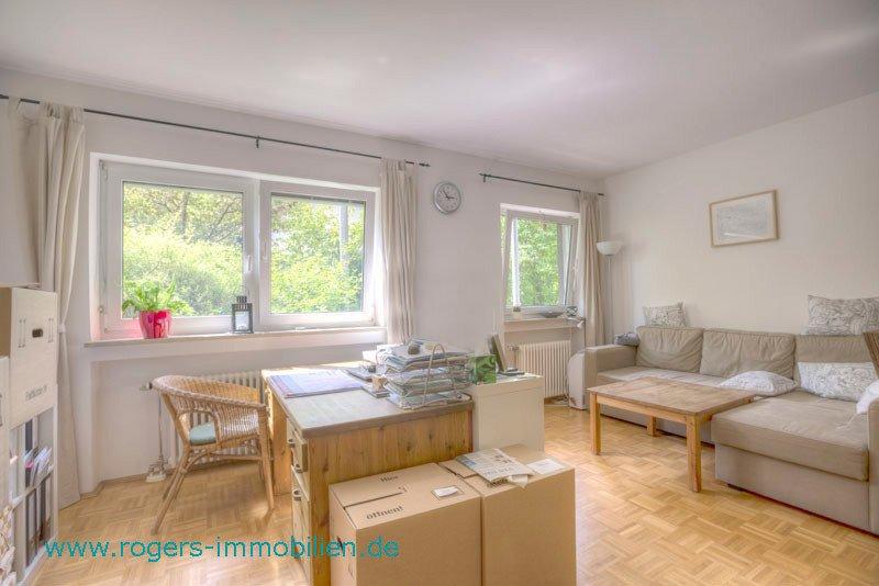 München Obersendling Wohnung Blick ins Wohnzimmer