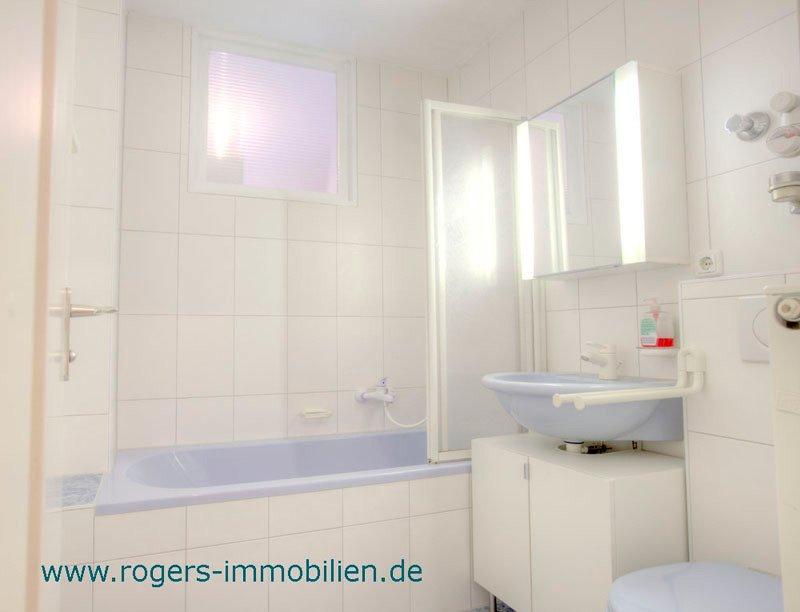 München Giesing Mietwohnung Renoviertes Bad