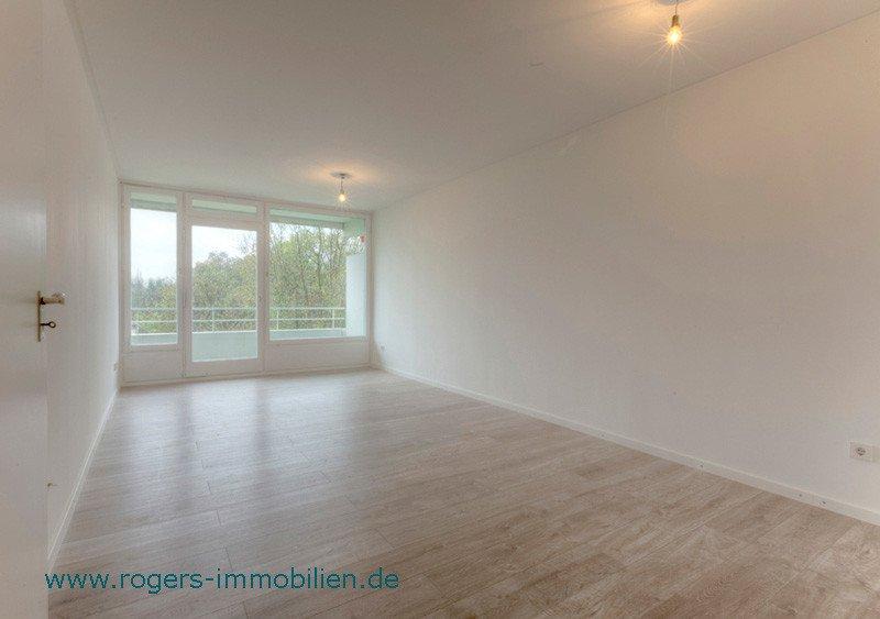 erstbezug nach renovierung helle wohnung in bogenhausen. Black Bedroom Furniture Sets. Home Design Ideas