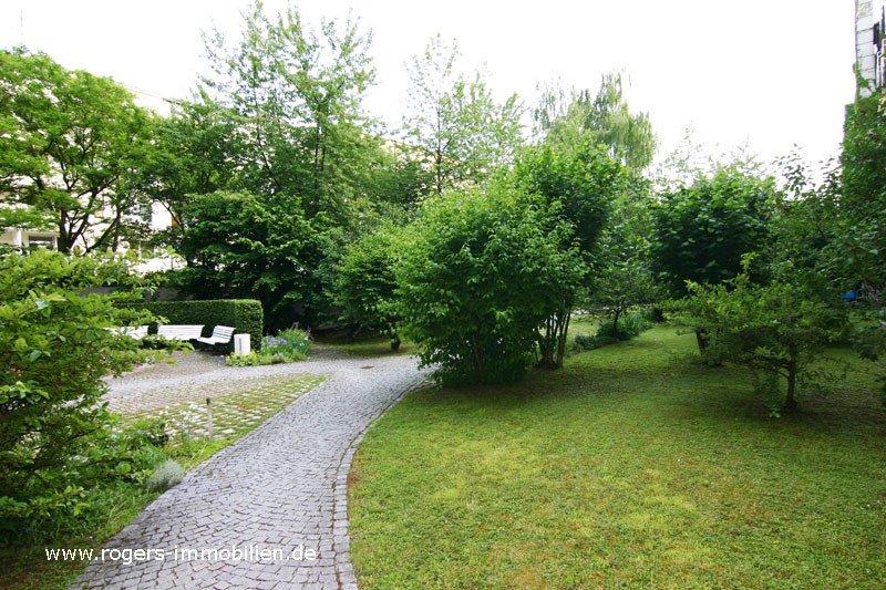 München Giesing Immobilienmakler Wohnung Begrünter Innenhof 2