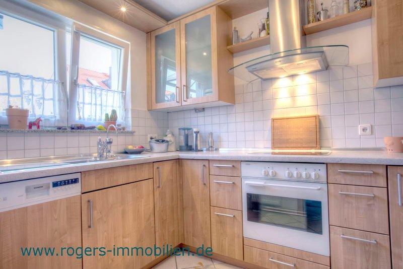 Neubiberg Immobilienmakler Haus kaufen Blick in die Küche