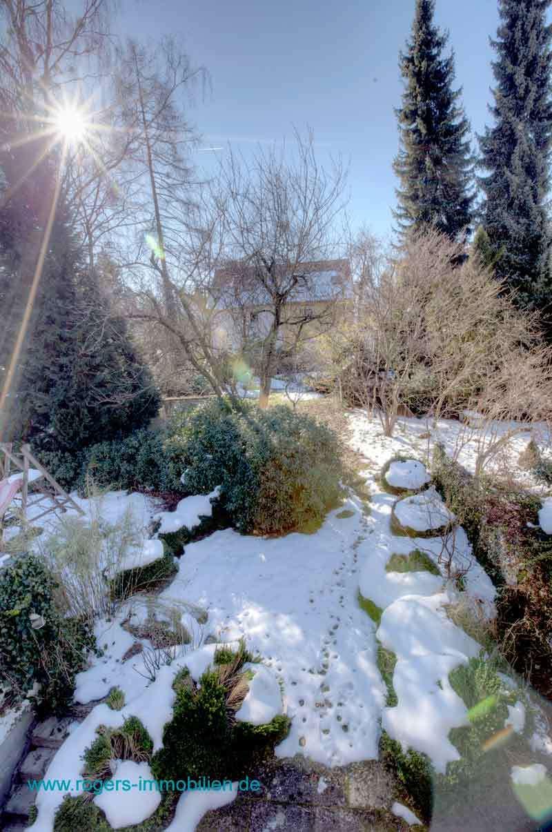 München Obersendling Immobilienmakler Reihenhaus Teil des Gartens