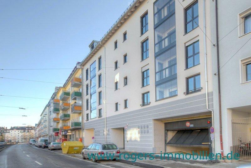 München Laim Immobilienmakler Dachgeschosswohnung Außenansicht