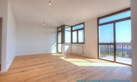 Großzügige und hochwertig sanierte Wohnung mit tollem Blick auf München