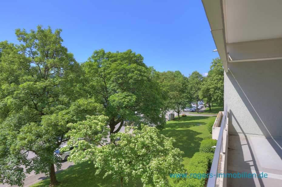 Unterhaching Immobilienmakler, Wohnung verkaufen, Blick vom Balkon 2
