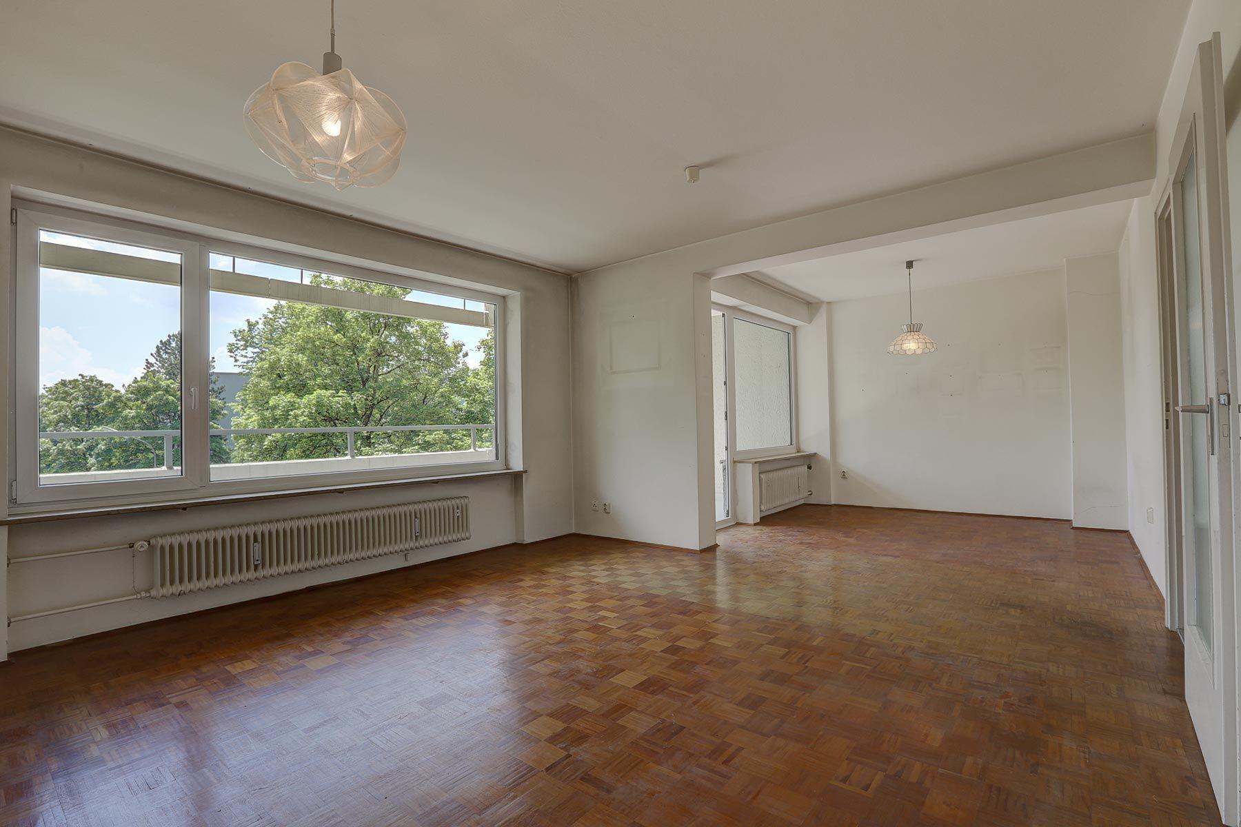 Renovierungsbedürftige Wohnung mit perfektem Schnitt in toller Lage