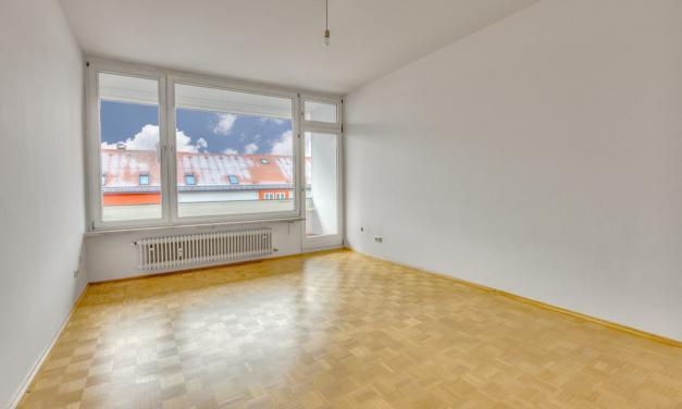 Schwabing: Tolle Wohnung mit Balkon, sehr gerne an Studenten-WG