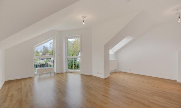 Hübsche Wohnung im Dachgeschoss mit neuen Parkettböden + Virtuelle 3D-Tour +