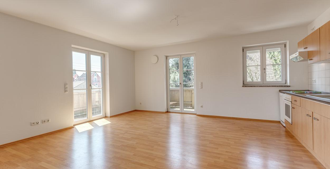 Attraktive Wohnung mit zwei Balkonen in ruhiger Lage