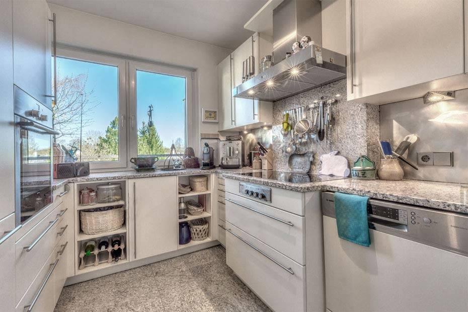 Tolle Küche mit EBK