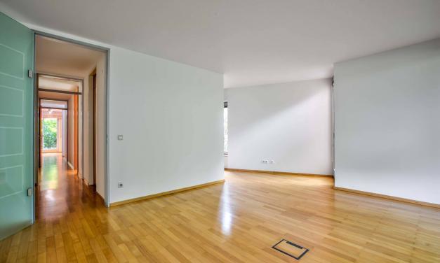 St. Benno Viertel: Hochwertiges Wohnbüro mit perfekter Ausstattung