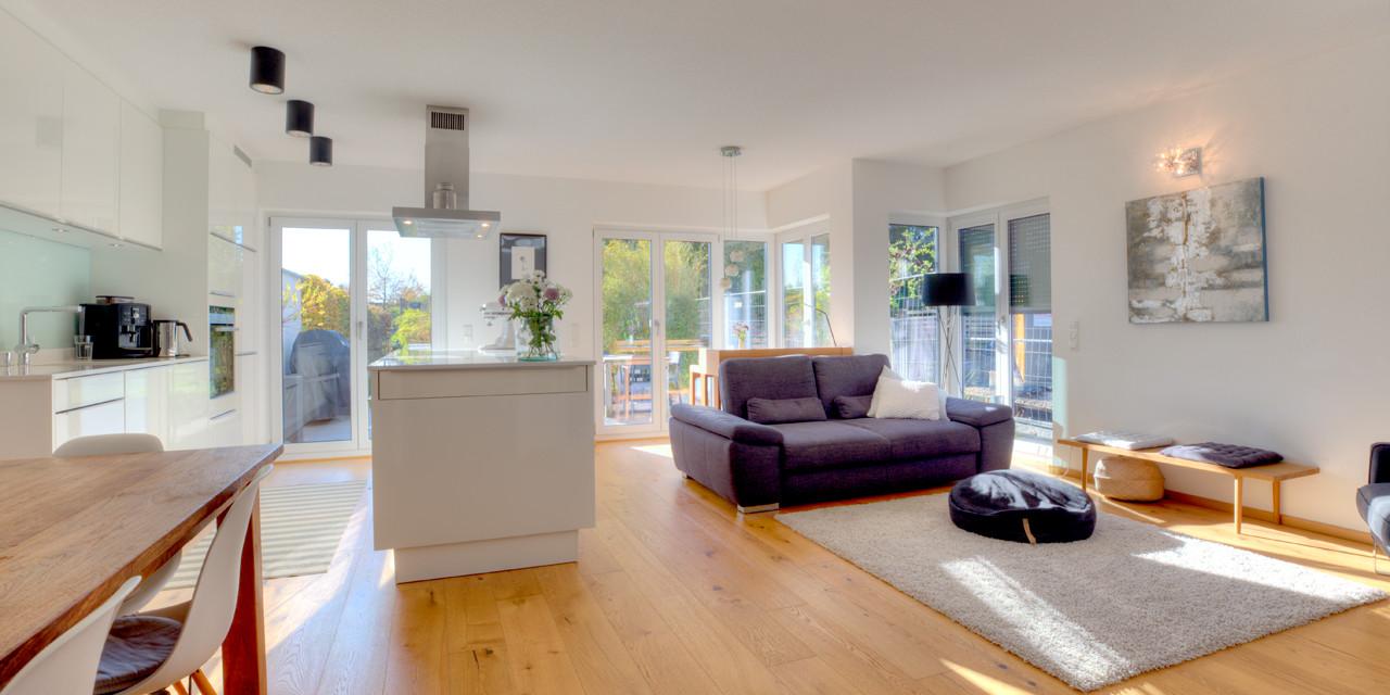 Hochwertige Maisonette-Wohnung mit großzügigem Garten