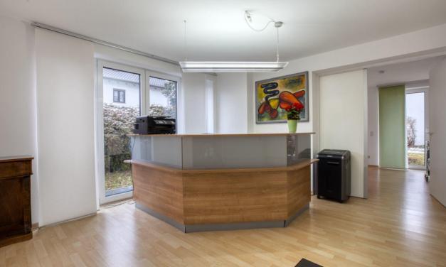Büro / Praxis: Charmante Räumlichkeiten in perfekter Lage