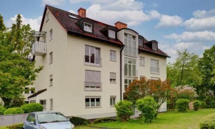 Gut geschnittene 2 Zi-Wohnung mit Südbalkon zu verkaufen