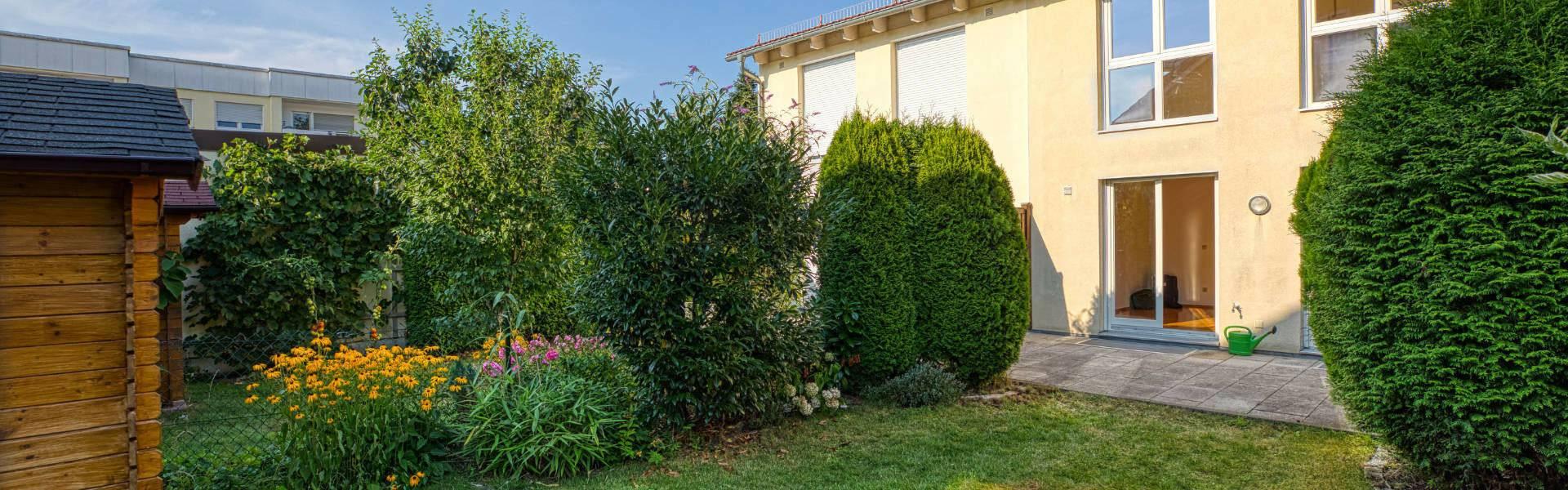 Germering Haus Garden